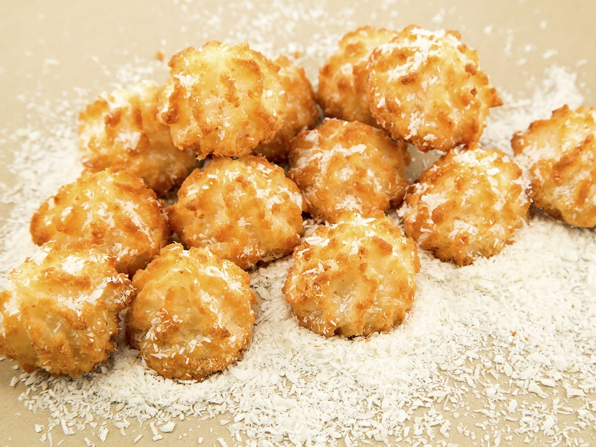Coconut Cookies at the the Café at Tom Thumb Food Stores